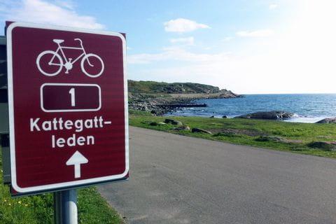 Radwegbeschilderung entlang Schweden's Westküste