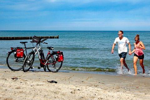 Bike pause at the beach