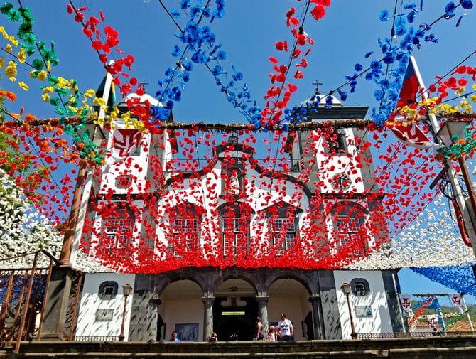 Välkänd kyrka Nossa Senhora do Monte i Funchal